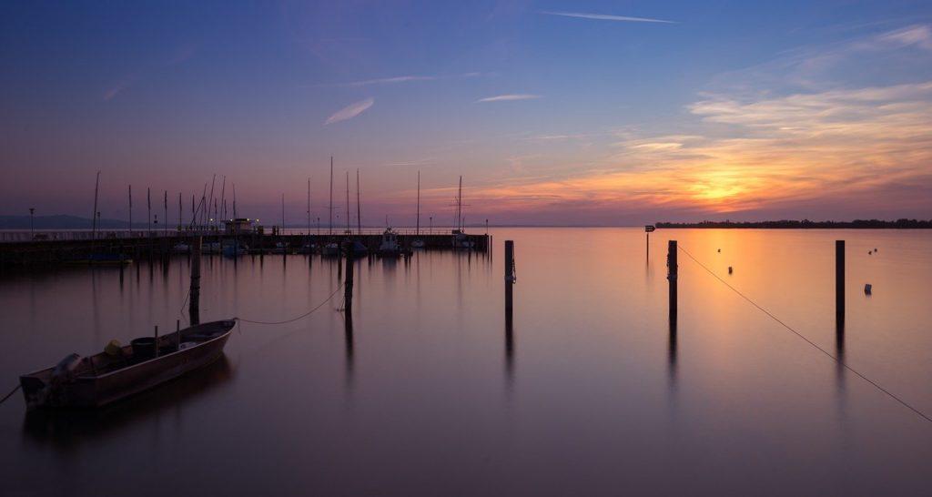 Bodensee Sonnenuntergang Hafen buchen Webseite